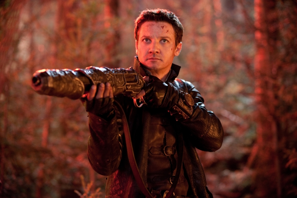 hansel-and-gretel-witch-hunters-2013-jeremy-renner