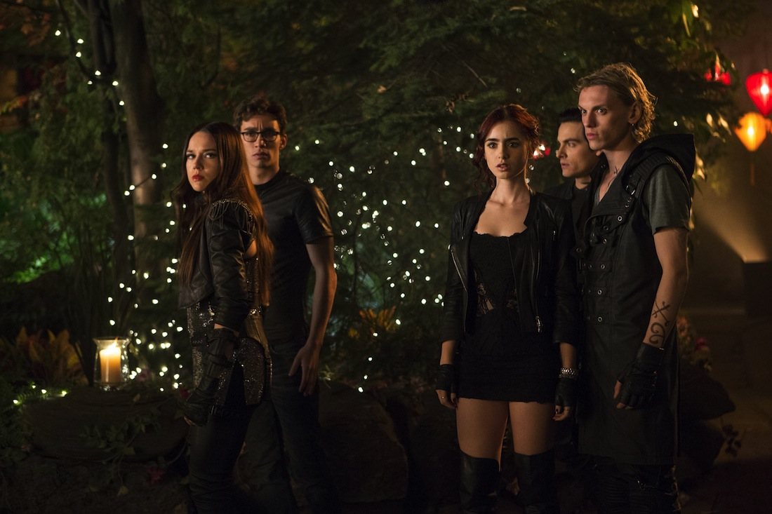 964279 - THE MORTAL INSTRUMENTS: CITY OF BONES